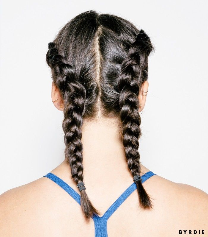 These cute gym hairstyles will stay put all the way through your workout. See th...