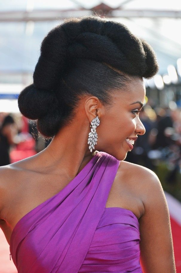 5 Romantic Natural Hairstyles Perfect For Valentine's Day #NaturalHairstyles #tw...