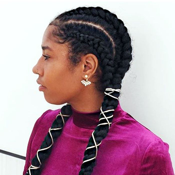 Trying to keep a healthy scalp while wearing protective styles? Check out our ex...