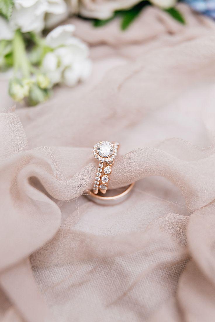 Circle-cut engagement ring: Photography: Emily Wren - emilywrenweddings......