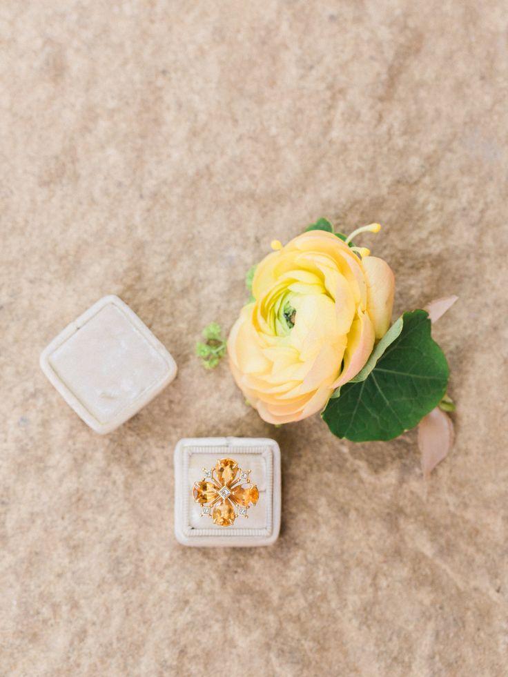 Citrus floral engagement ring: Photography: Koman - komanphotography.......