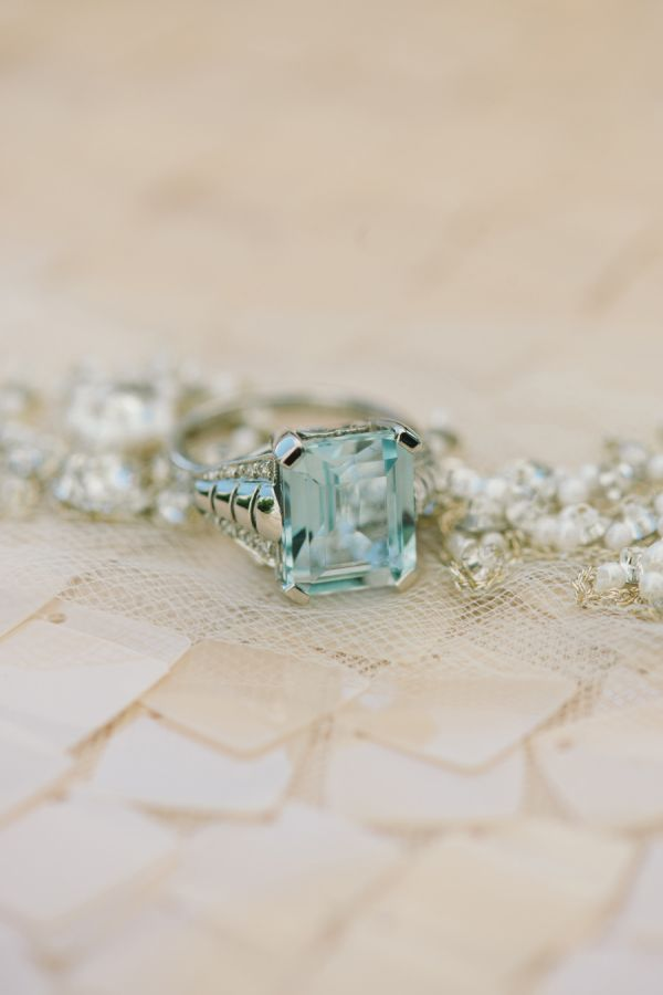Colored engagement rings you'll love: Photography: Delbarr Moradi - delbarrmorad...