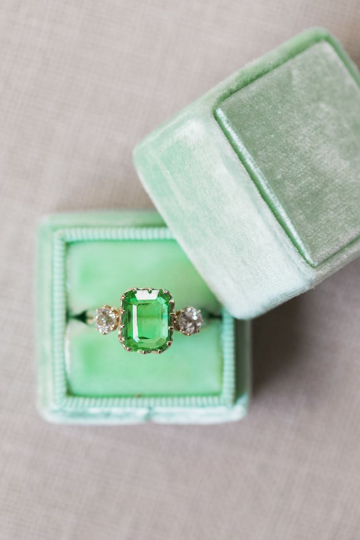 Cushion-cut emerald engagement ring: Photography: Alex W - www.alexwphotogra......