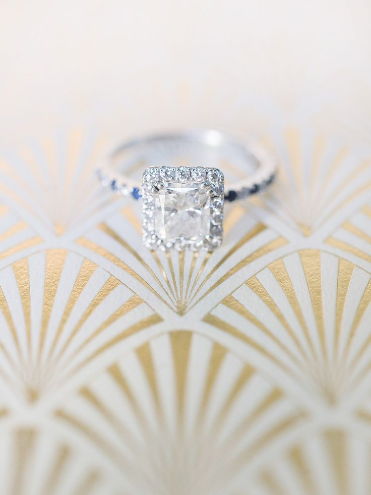 Diamond ring in a halo setting: Photography: Michelle Beckwith - michelebeckwith...
