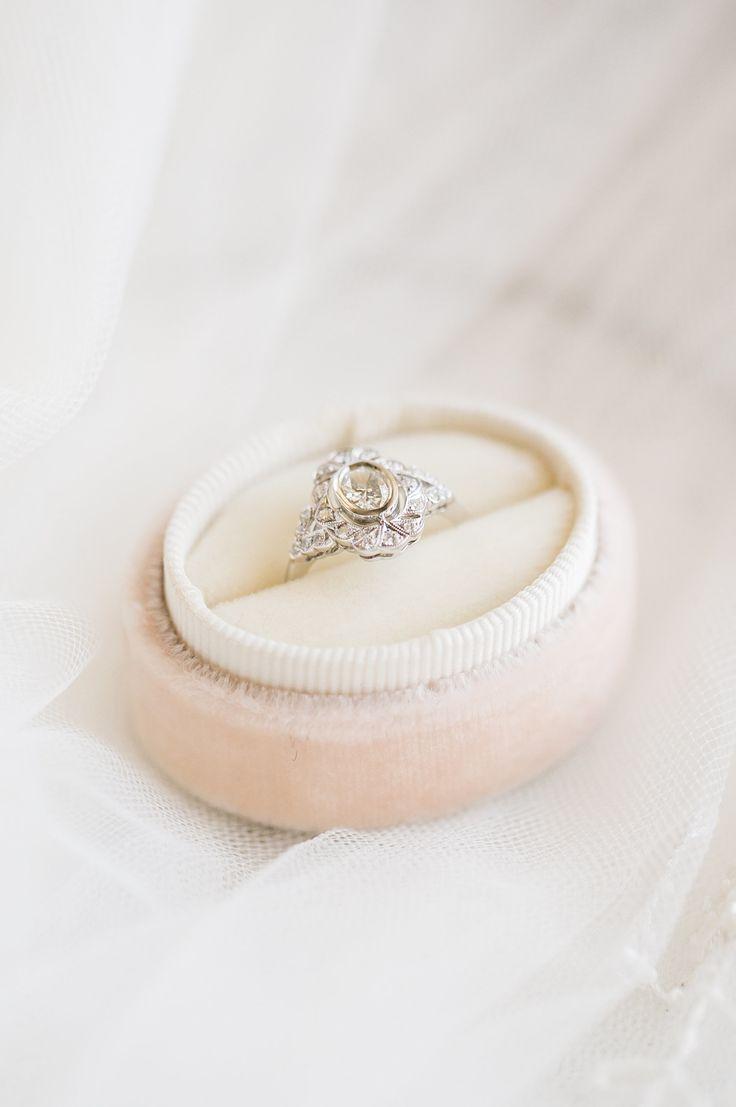 Elegant unique engagement ring | Photography: Amy Caroline...