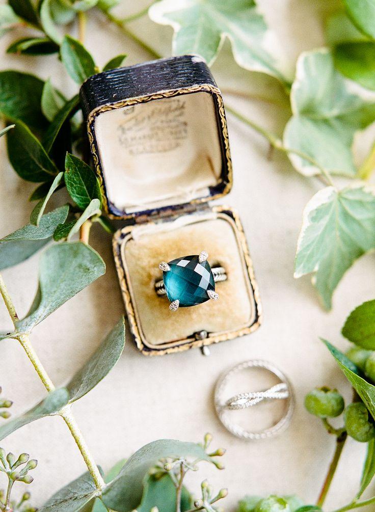 Emerald engagement ring | Photography: Rebecca Yale - rebeccayalephotog......