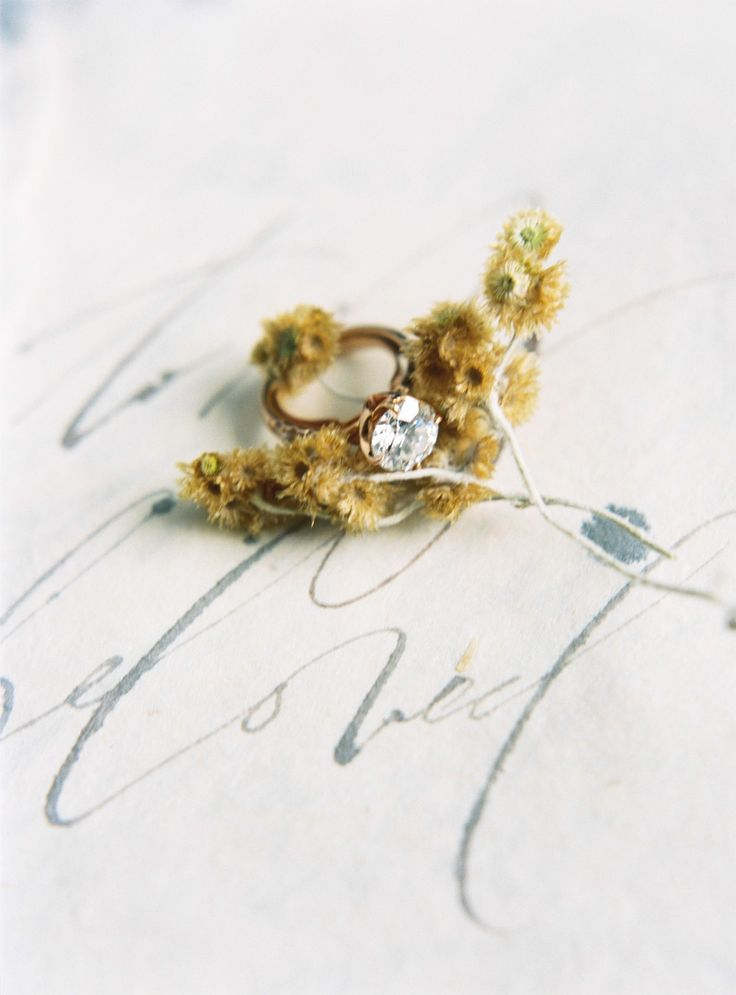 Gold engagement ring | Photography: Katie Grant...