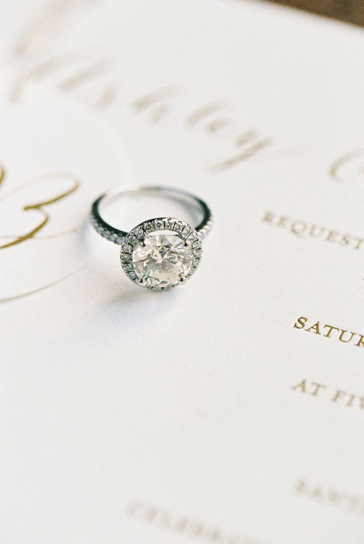 How to Talk to Your BF About Engagement Rings: Photography: Carmen Santorelli - ...
