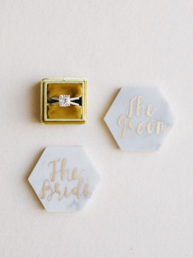Marble wedding decor: Photography: Tenth and Grace - www.tenthandgrace......