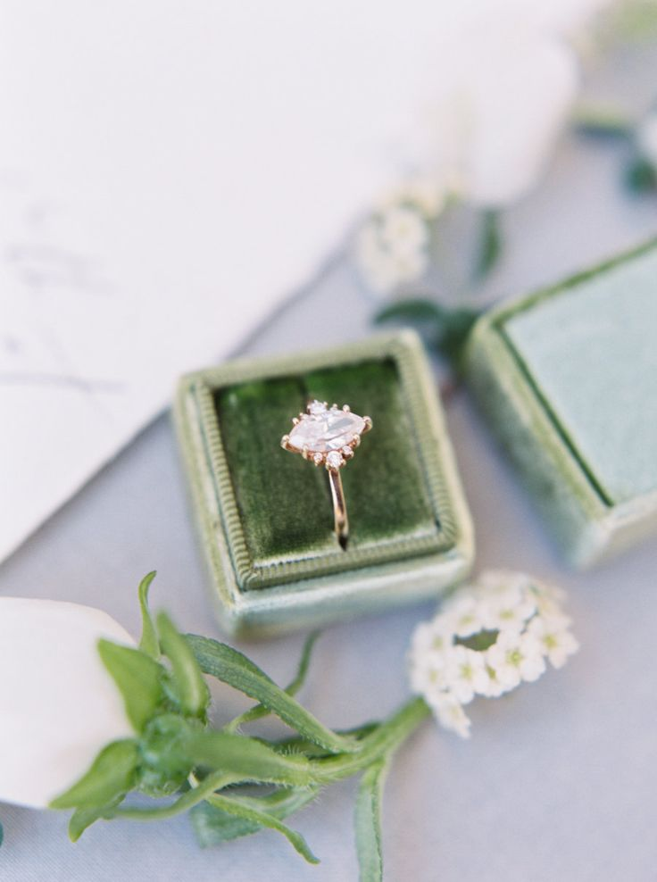 Marquise engagement ring: Photography: Nicole Colwell - www.nicolecolwell......