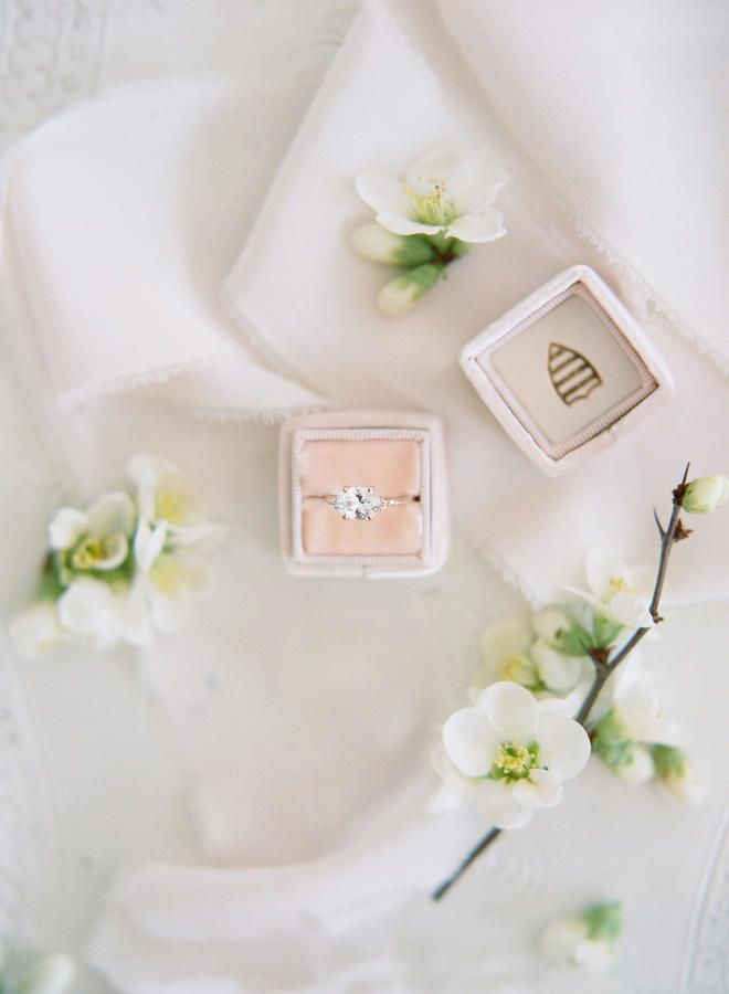 Round-cut engagement ring: Photography: Audra Wrisley - audrawrisley.com/...