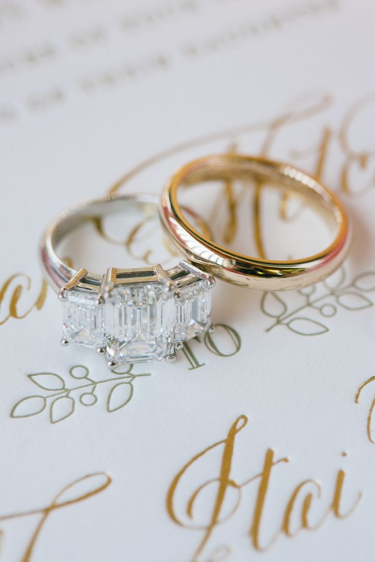 Three stone engagement ring:  Photography: Michelle Beller - www.michellebelle.....