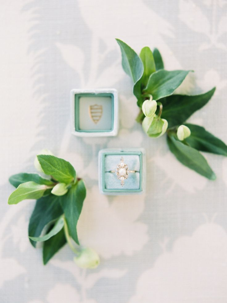 Unique elegant engagement ring | Photography: Michelle Boyd...