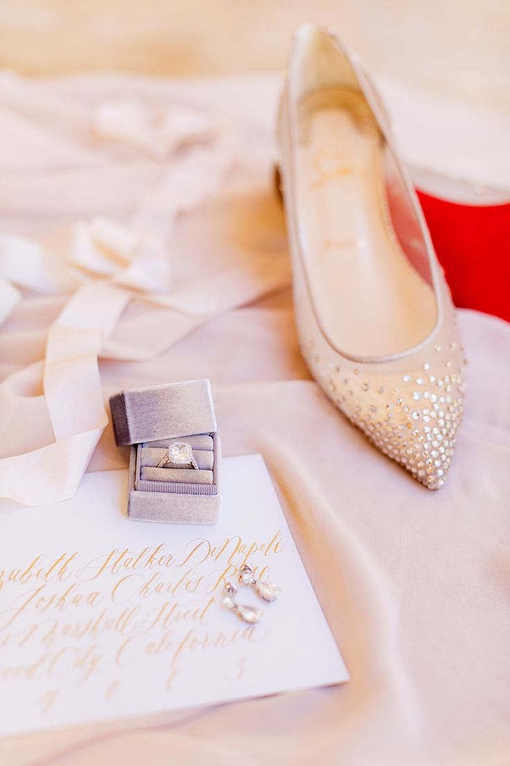 We Found the Most Entertaining Wedding Ever | Photography: Chard...