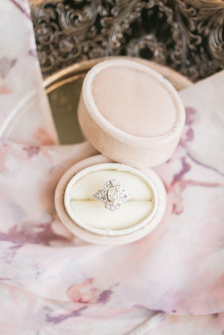 Whimsical engagement ring: Photography: Amy Caroline - www.amycarolineph......
