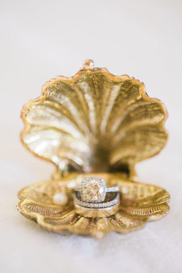 Yellow diamond engagement ring: Photography: Rebecca Arthurs - rebecca-arthurs.c...