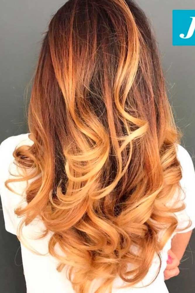 Pick brown hair with highlights for an exciting new look. Searching for a new st...