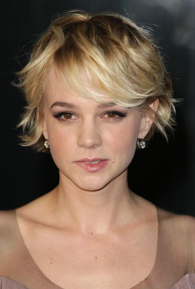 still love her hair. might stick with her cuts. not sure about color....