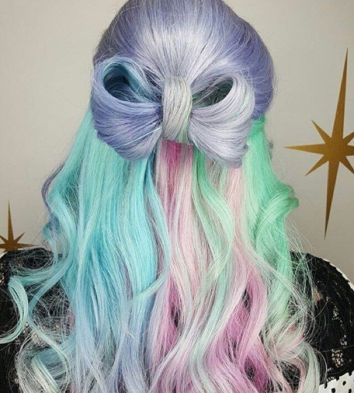 Sweet and sassy #mermaidhair will cure those winter blues! : @hairbymisskellyo #...