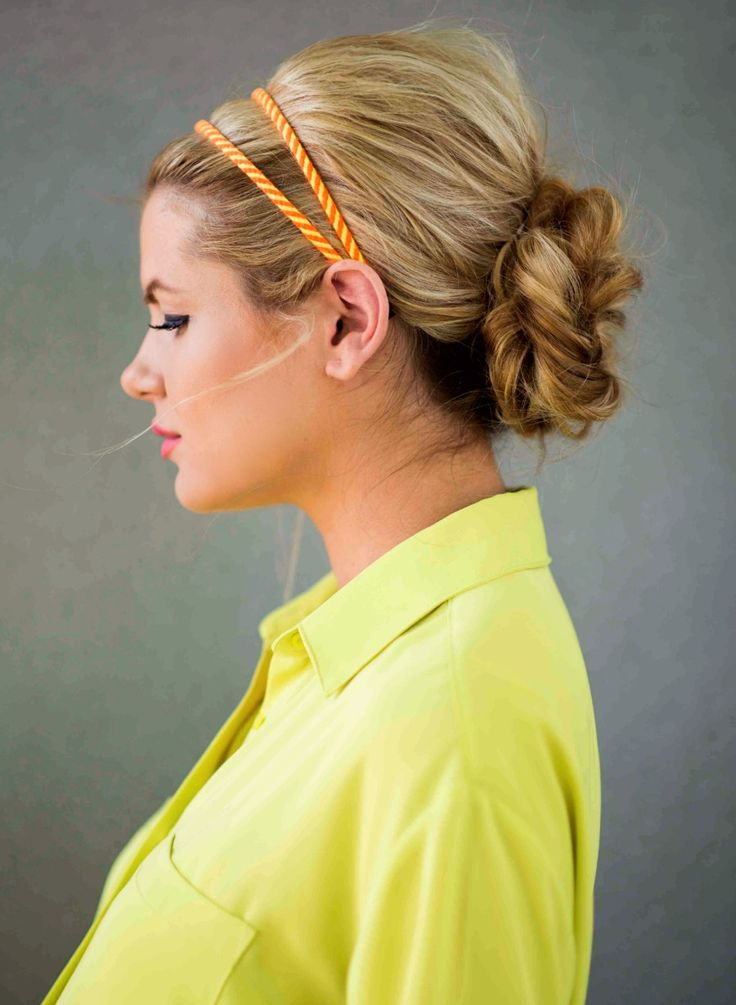 This blogger makes a double fishtail braid look incredibly easy. Watch her video...