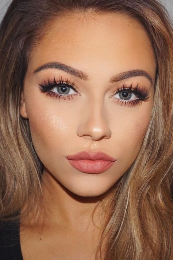 10 Must Know Makeup Secrets That Makeup Professionals Use...
