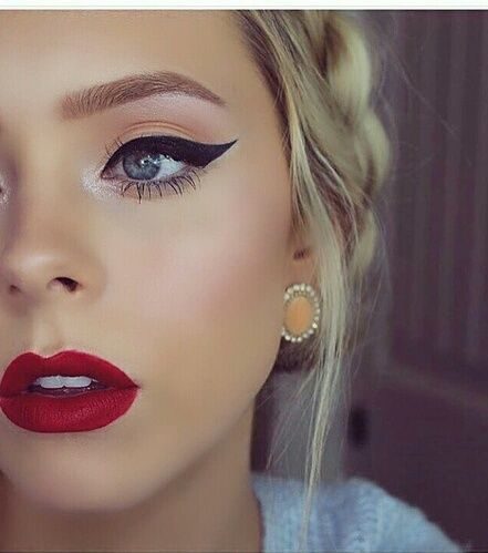 the 2016 fall fashion makeup trends classic glam...