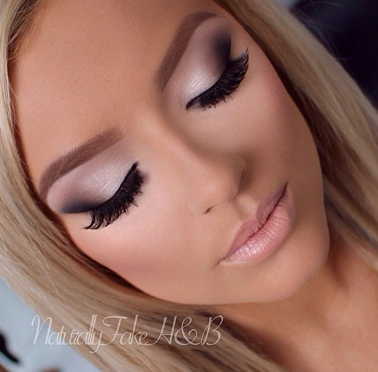 The original, cruelty-free, luxury mink lashes. Fast Shipping Worldwide. Don't f...