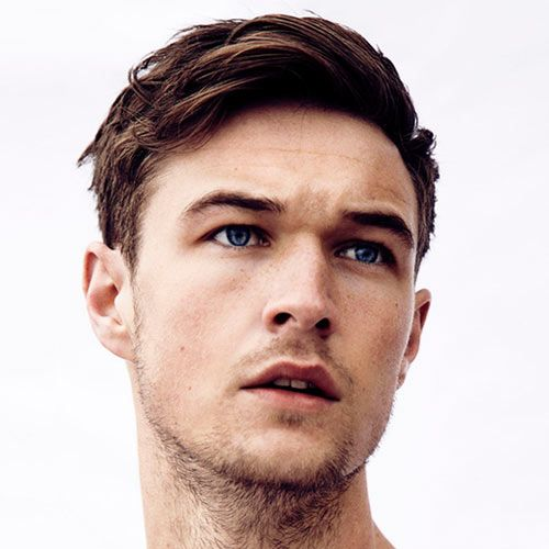 Looking for the best men's hairstyles? Check out these pictures of classic c...