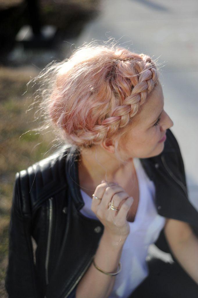 Love this hair style...