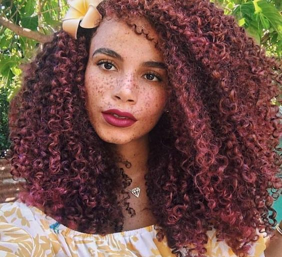 10 Instagram Naturalistas You Should Follow Right Now...