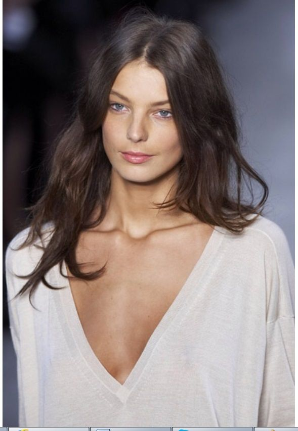 Beautiful Hair, messy, wavy, centre part. Simple and perfect