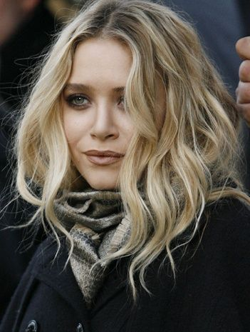 Mary-Kate Olsen's perfect beachy waves...