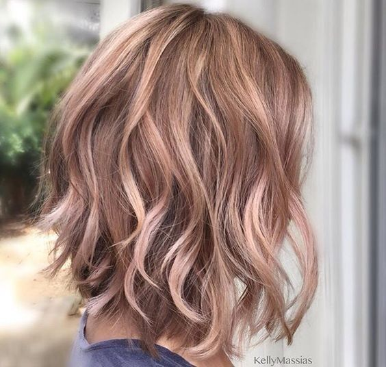 wavy-layered-medium-hairstyles-with-rose-gold-brown-hair-shoulder-length-hair-cu...