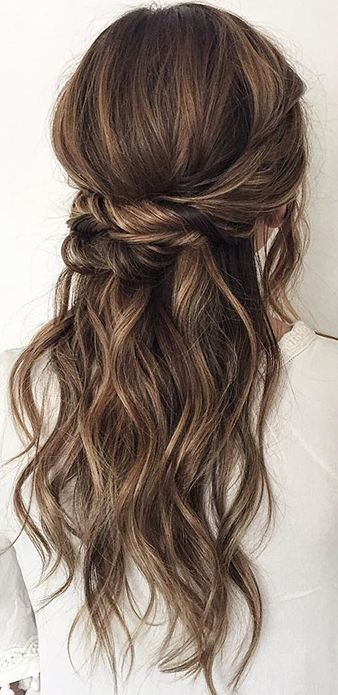 Wedding hairstyle idea; Featured Hairstyle: ashpettyhair...