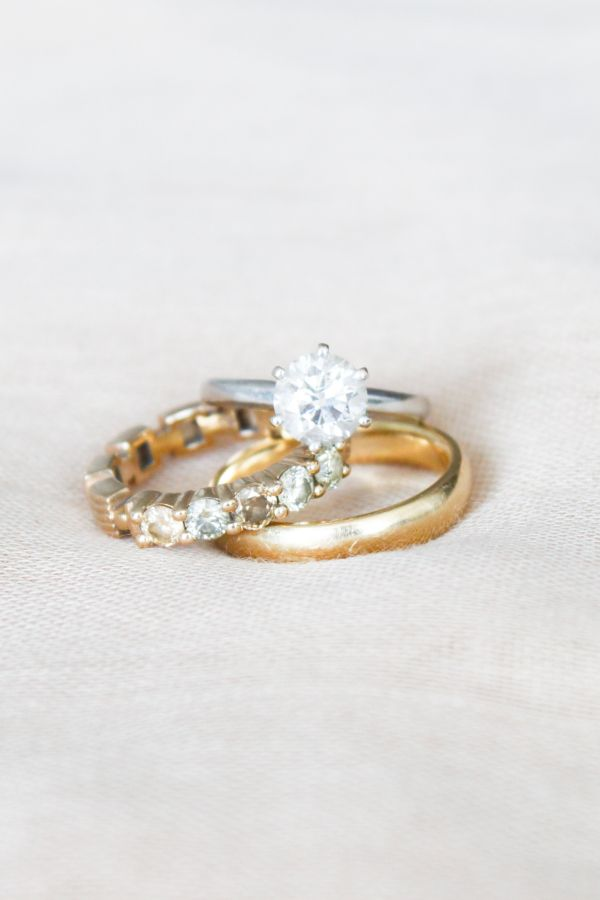 Beautiful and simple circle-cut engagement ring and wedding bands: www.stylemepr...
