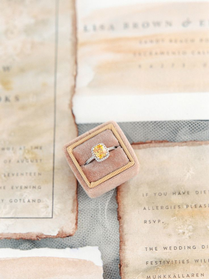 Citrine cushion-cut diamond: Photography: 2 Brides Photography - 2brides.se   Re...