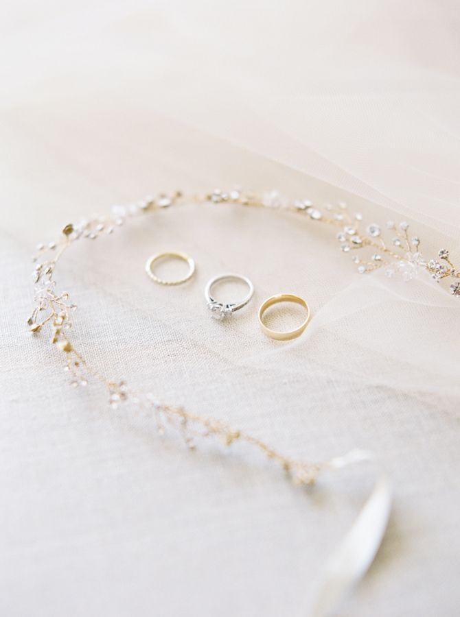 Diamond ring: www.stylemepretty... Photography: Shannon Moffit - www.shannonmoff...