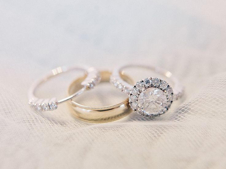 Diamond ring you won't be able to ignore: www.stylemepretty... Photography: Amy ...