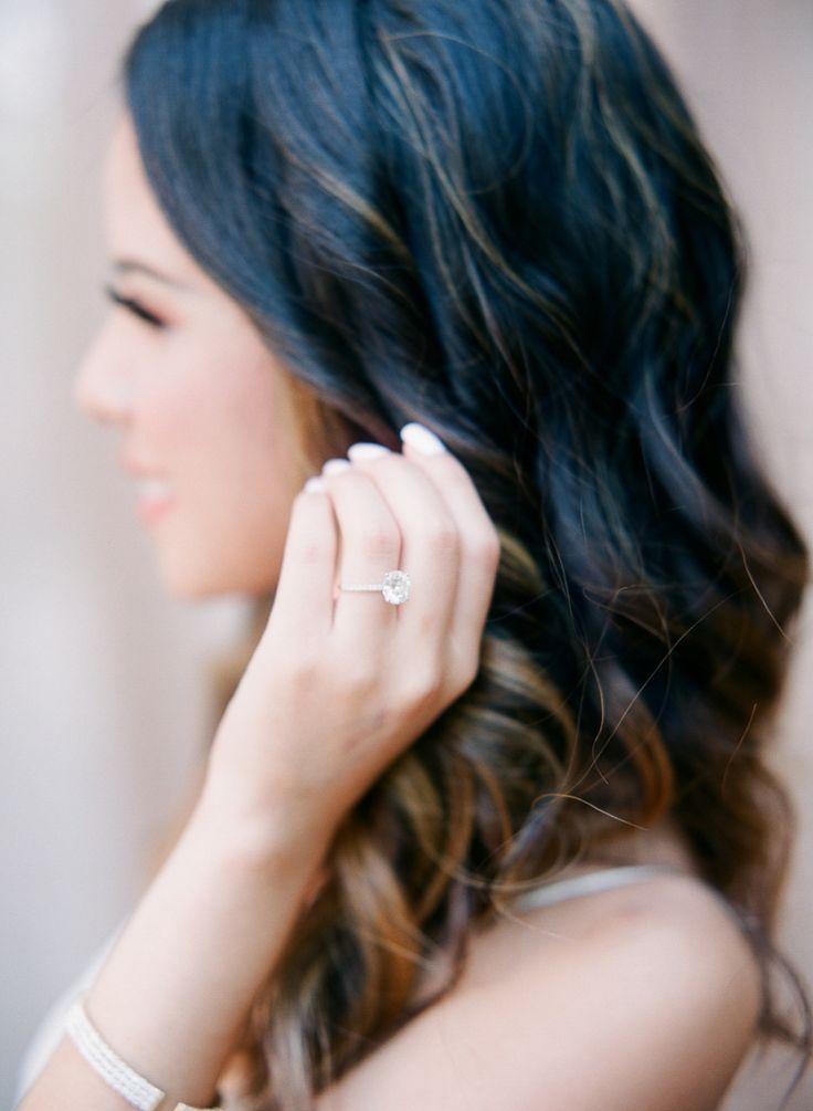 Elegant diamond ring: Photography: Hello Blue Photo - www.hellobluephot...   Rea...