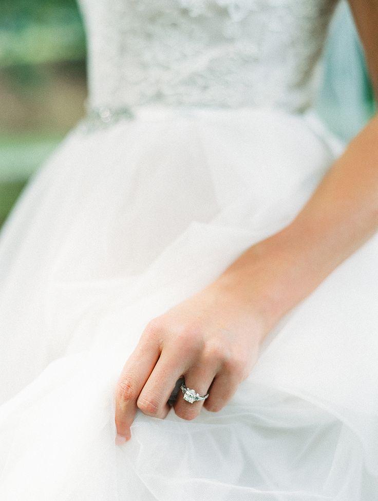 Elegant diamond ring: Photography: Luna de Mare Photography - lunademarephotogr....