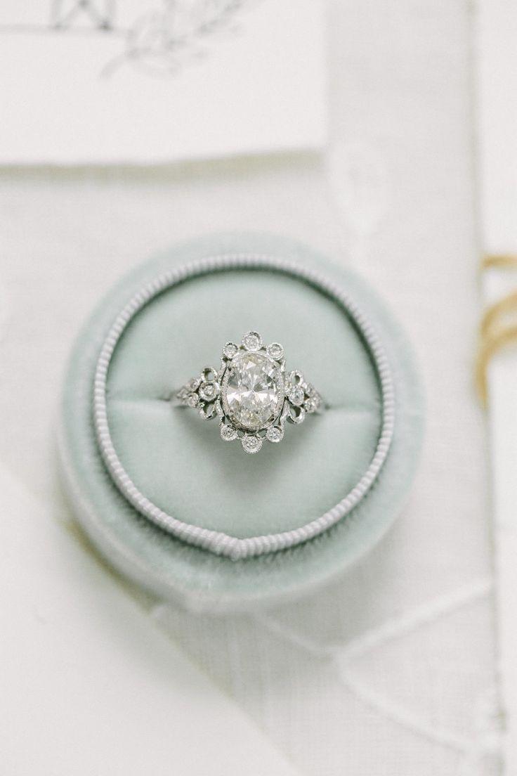 Oval-cut diamond ring: Photography: Ellen Ashton Photography - www.ellenashton.c...