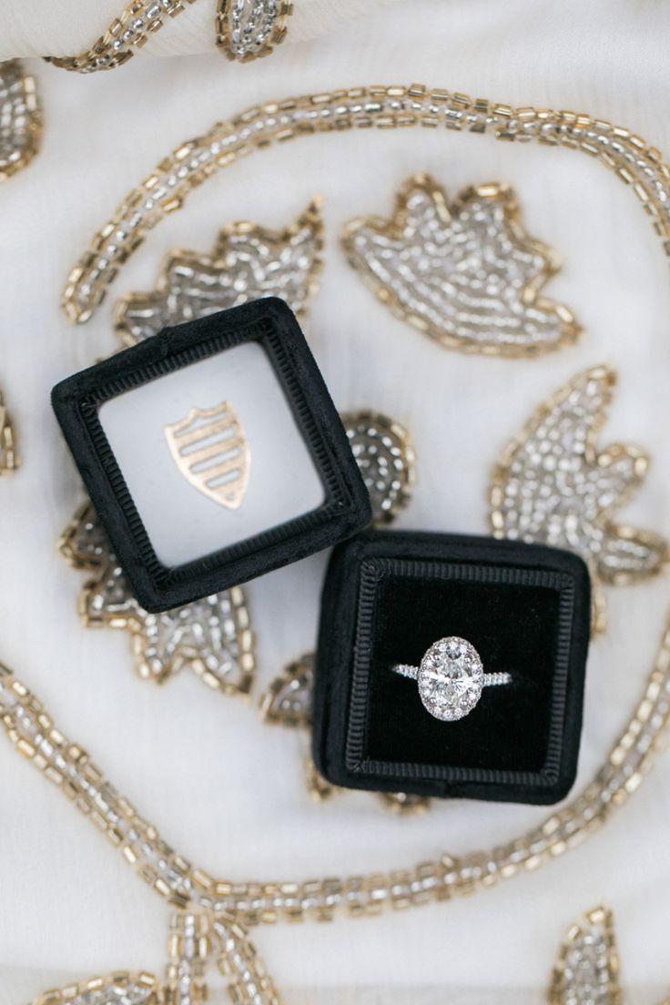 Oval-cut engagement ring: Photographer: Jasmine Lee Photography - jasmineleephot...