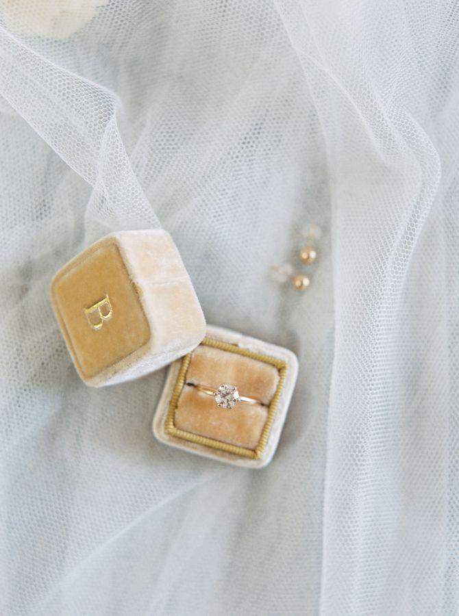 Round-cut diamond ring: www.stylemepretty... Photography: Kayla Yestal - kaylaye...