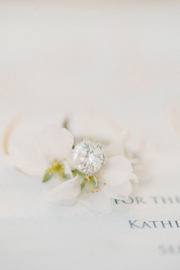 Round-cut engagement ring: Floral Design: My Flower Box Events - www.stylemepret...