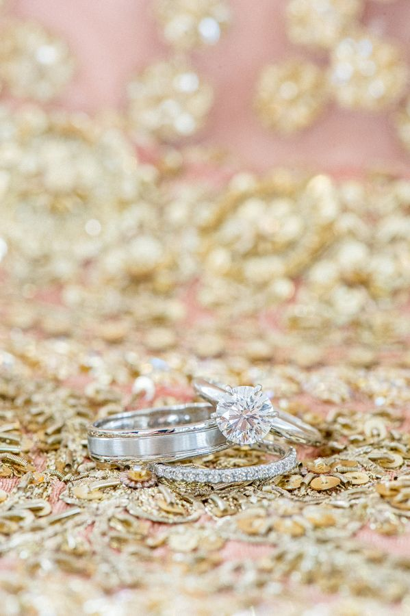 Round-cut engagement ring: www.stylemepretty... Photography: Twah Dougherty - tw...