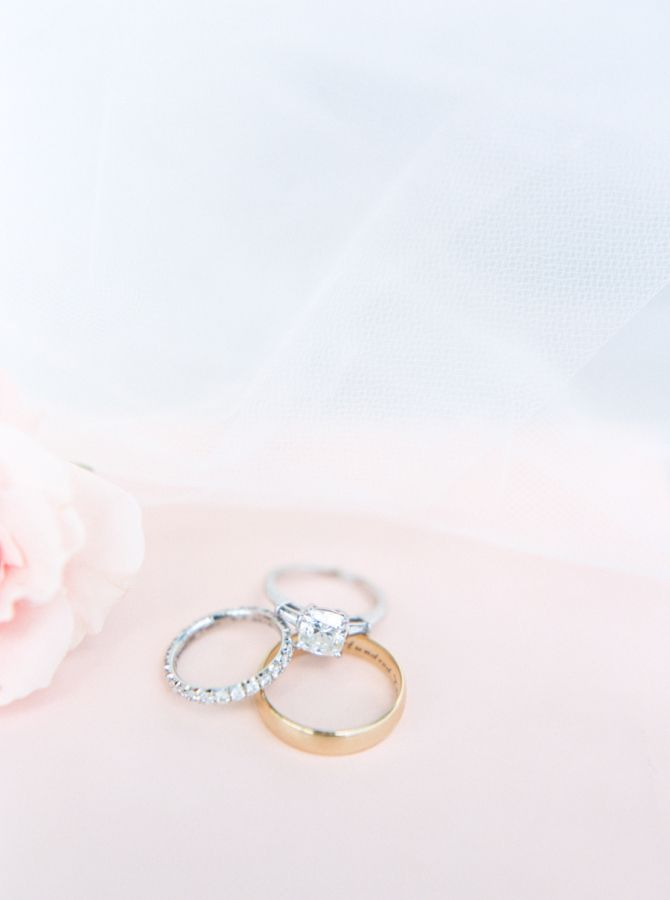 Simple and elegant engagement ring: www.stylemepretty... Photography: Loft - www...