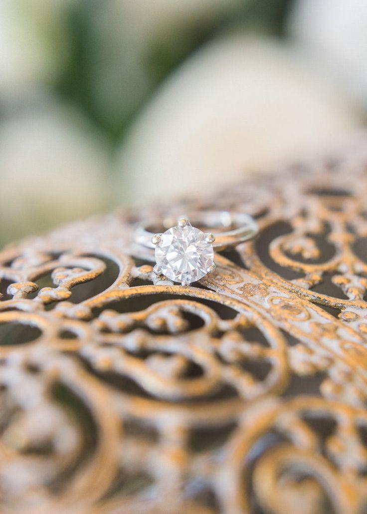 Stunning round-cut engagement ring: Photography: Adrian Wood  - adrianwoodphotog...
