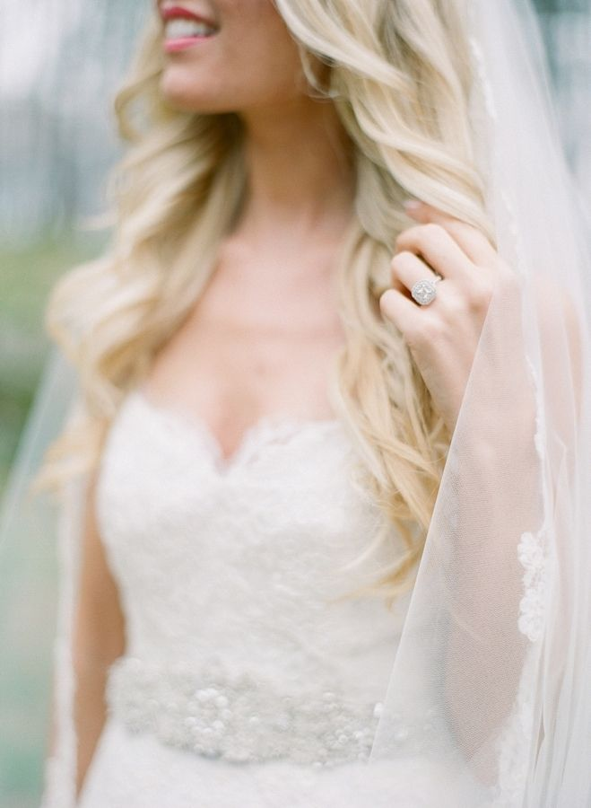 Talk about ring envy! www.stylemepretty... | Photography: Elena Wolfe - elenawol...