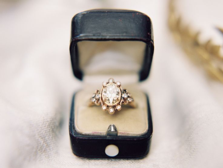 Vintage antique diamond ring: www.stylemepretty... Photography: Winsome and Wrig...