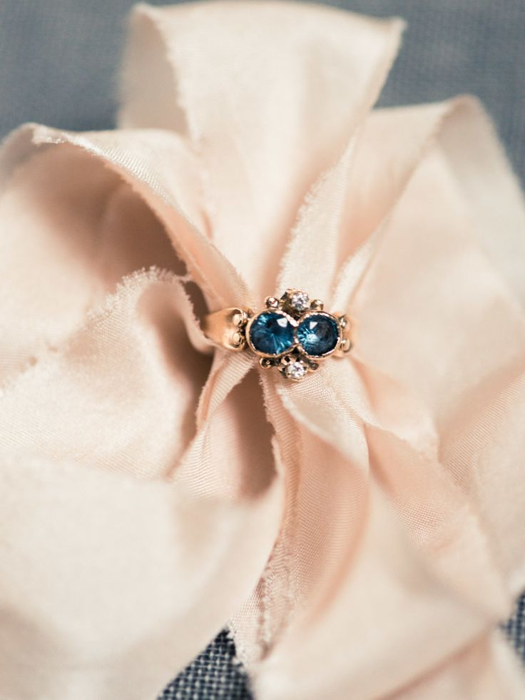 Vintage blue stone engagement ring: Photography: Michelle Lange Photography - lo...